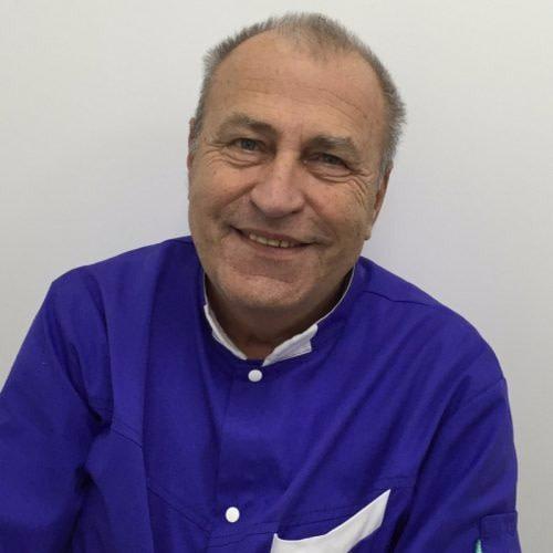 Dr Navromatis Georges dentiste à Marseille